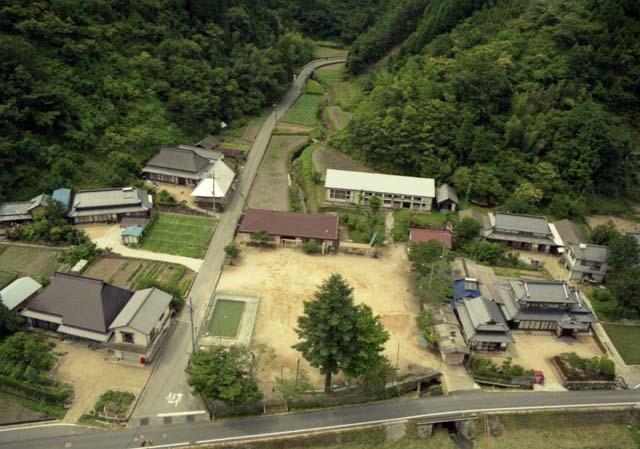 想いでの校舎-英田町立河會小学校